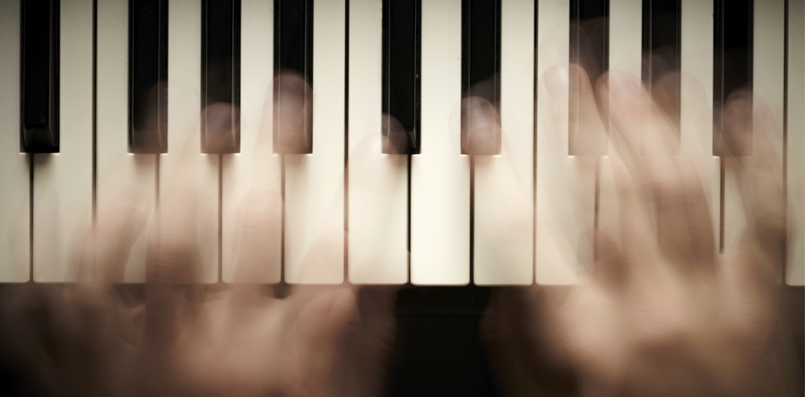 piano toetsen blurred