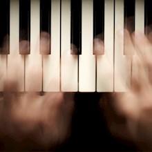 piano-toetsen-blurred-220x220