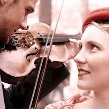 violist-en-meisje-220x220