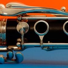 close-up-clarinet-220x220