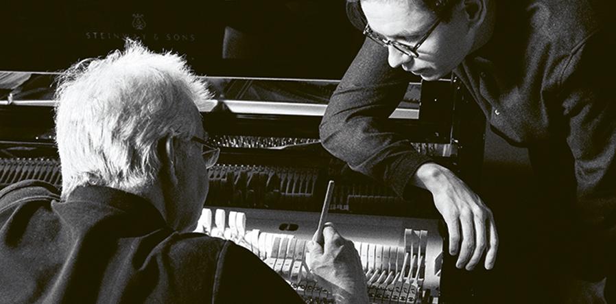 Michel Brandjes en pianist Vikingur Olafsson